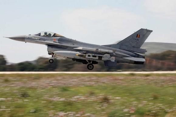 F-16 belga - foto 2 via Forças de Defesa da Bélgica