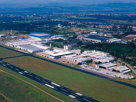 Instalações Embraer em São José dos Campos - foto Embraer
