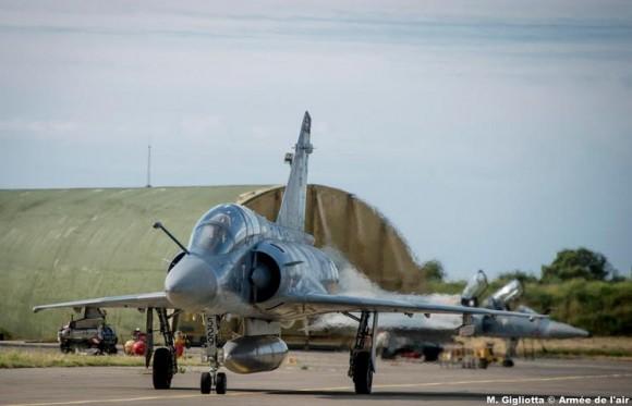 Mirage 2000B esq Ile de France na Corsega - foto Força Aérea Francesa