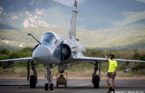 Mirage 2000C esq Ile de France na Corsega - foto Força Aérea Francesa