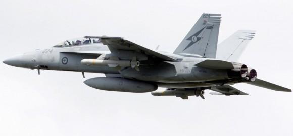 Super Hornet da RAAF com mísseis Harpoon de emprego real - foto 2 MD Austrália