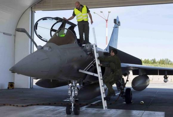 caça Rafale desdobrado na Polônia - foto 5 Força Aérea Francesa