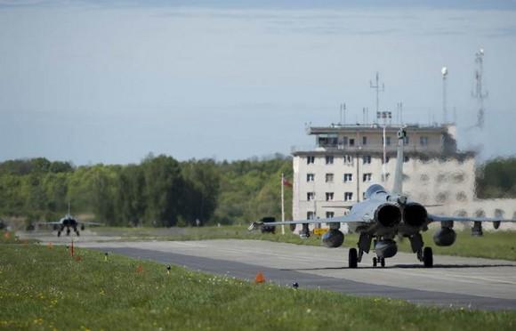 caças Rafale desdobrados na Polônia - foto 3 Força Aérea Francesa