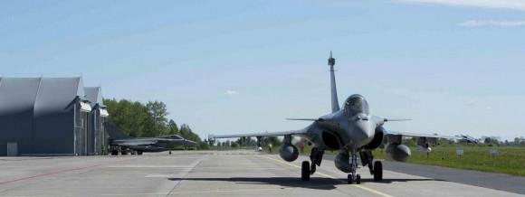 caças Rafale desdobrados na Polônia - foto Força Aérea Francesa