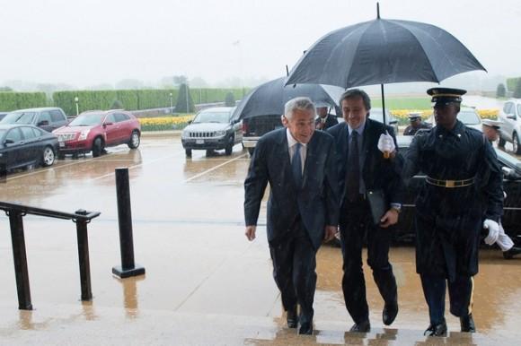 ministros da Defesa americano Hagel e tcheco Stropnicky - foto MD República Tcheca