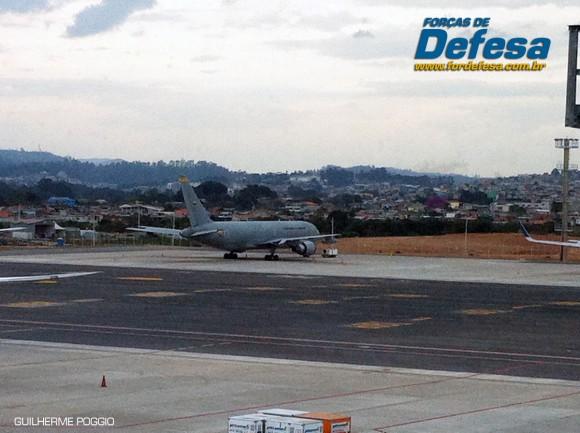 FAC KC-767 em Guarulhos - foto Poder Aereo Guilherme Poggio