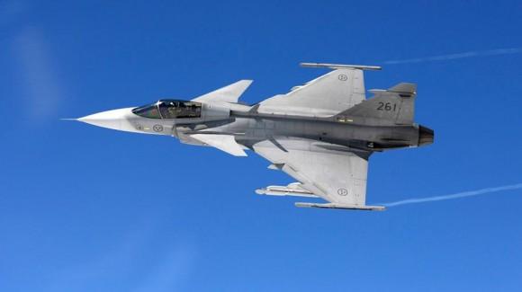 Gripen com ESTL - foto3 Saab