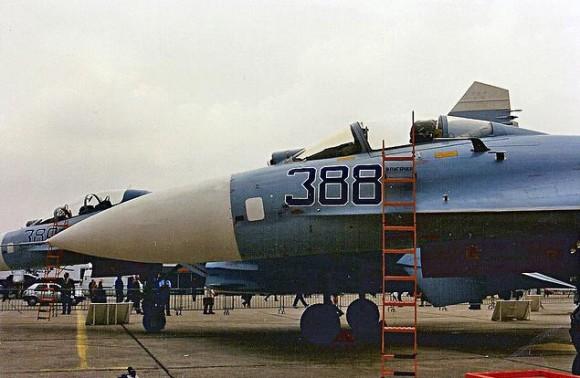 Su-27 e Su-27 UB em Le Bourget 1989