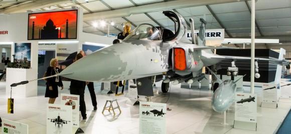 Farnborough - maquete Gripen - foto 10 Saab