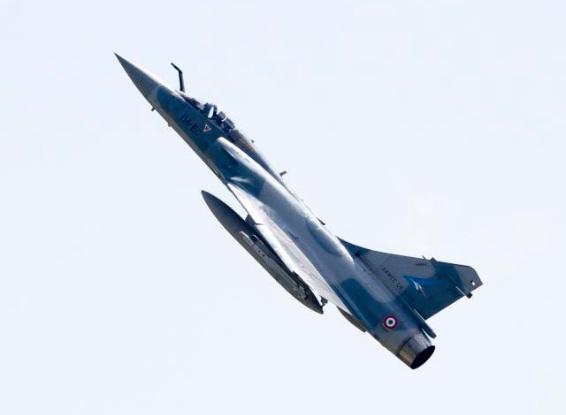 caça Mirage 2000 francês em Malbork - Polônia - foto 2 Min Def França