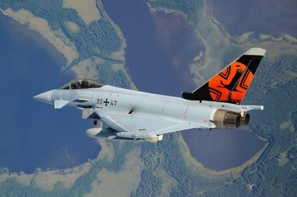 Eurofighter com pintura comemorativa - foto Força Aérea Alemã