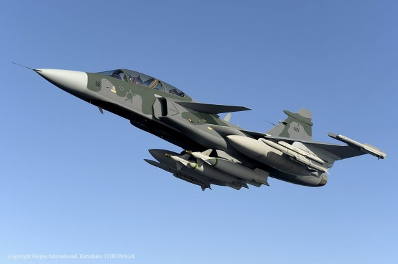 Gripen NG montagem com cores da FAB - imagem K Tokunaga - Saab
