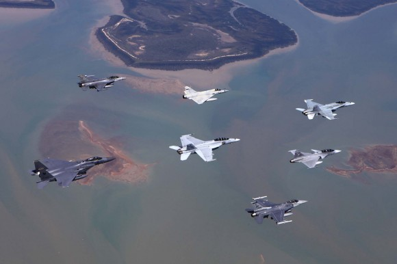 Pitch Black 2014 - Hornet - Super Hornet - Mirage 2000-9 - Gripen - F-16 - F-15 - foto MD Australia