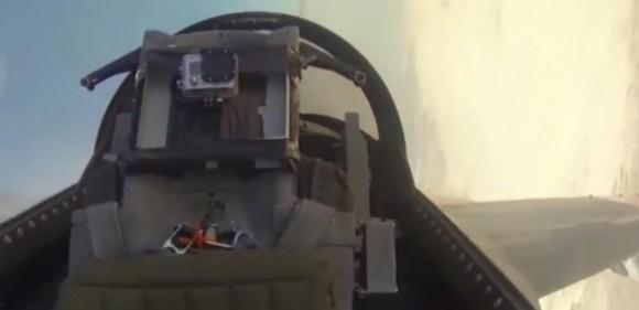 QF-16 em voo - cabine vazia - cena vídeo Boeing