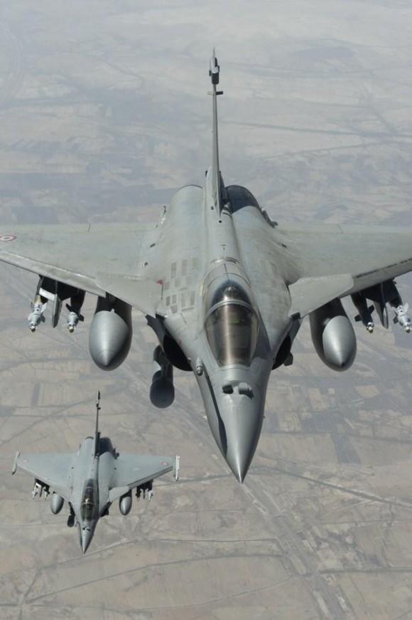 Ataque francês ao EI - caças Rafale - foto Min Def França