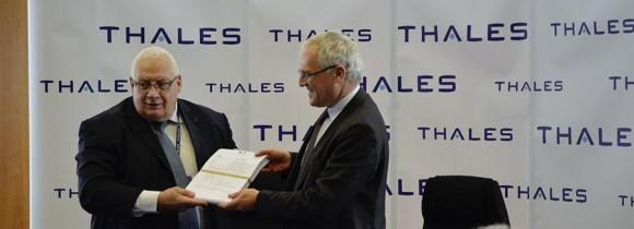 Contrato da Thales para nova geração de radares AESA - foto via Thales