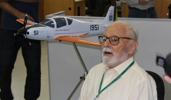Kovacs paga promessa e faz barba após primeiro voo T-Xc - imagem 3 Novaer