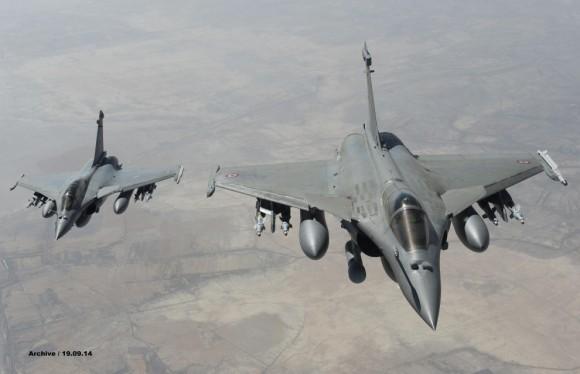 Missão de caças Rafale franceses sobre o Iraque em 19 set 2014 - foto via Min Def França