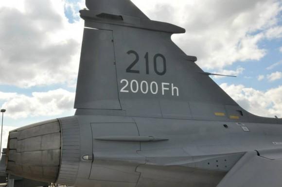 Primeiro Gripen C no mundo a atingir 2000 horas de voo - foto 4 Forças Armadas da Suécia