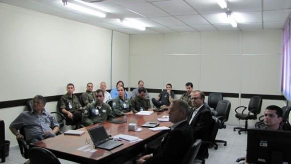 Reunião IFI no DCTA com SAAB para tratar da certificação do Gripen NG - foto via FAB