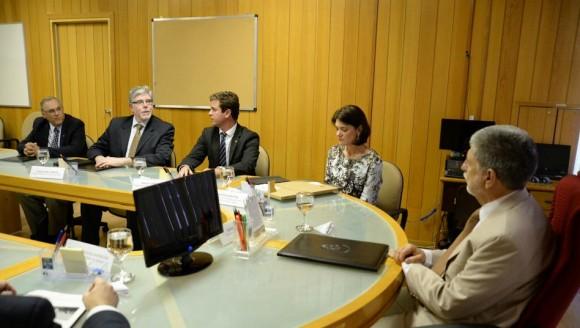T-Xc - encontro no Ministério da Defesa - foto 2 Novaer