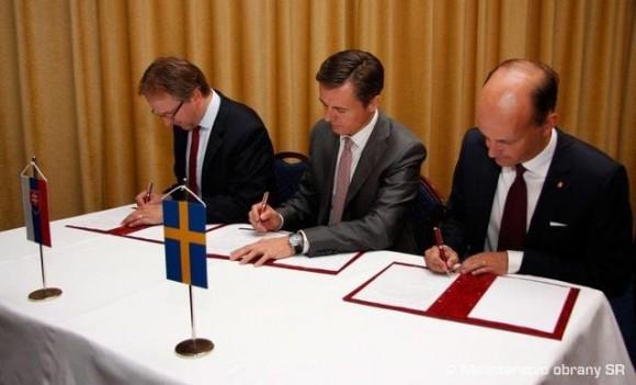 representantes da Suécia, Rep Tcheca e Eslováquia assinam carta de intenções - foto MD Rep Tcheca