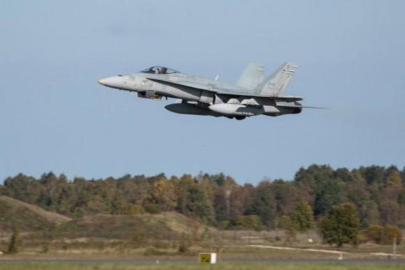 BRTE-19 - CF-18 do Canadá - foto Forças Armadas da Suécia