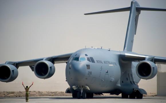 C-17A da RAAF em missão no Oriente Médio em set2014 - foto Min Def Australia