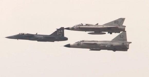 Cena vídeo apresentação Gripen Viggen Draken no Dny NATO 2014
