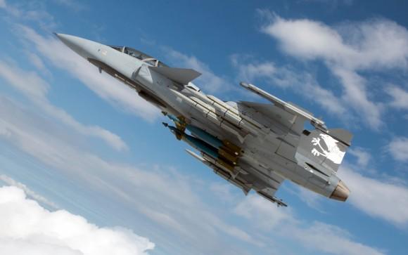 Gripen NG com seis mísseis e duas bombas - foto 2 Saab