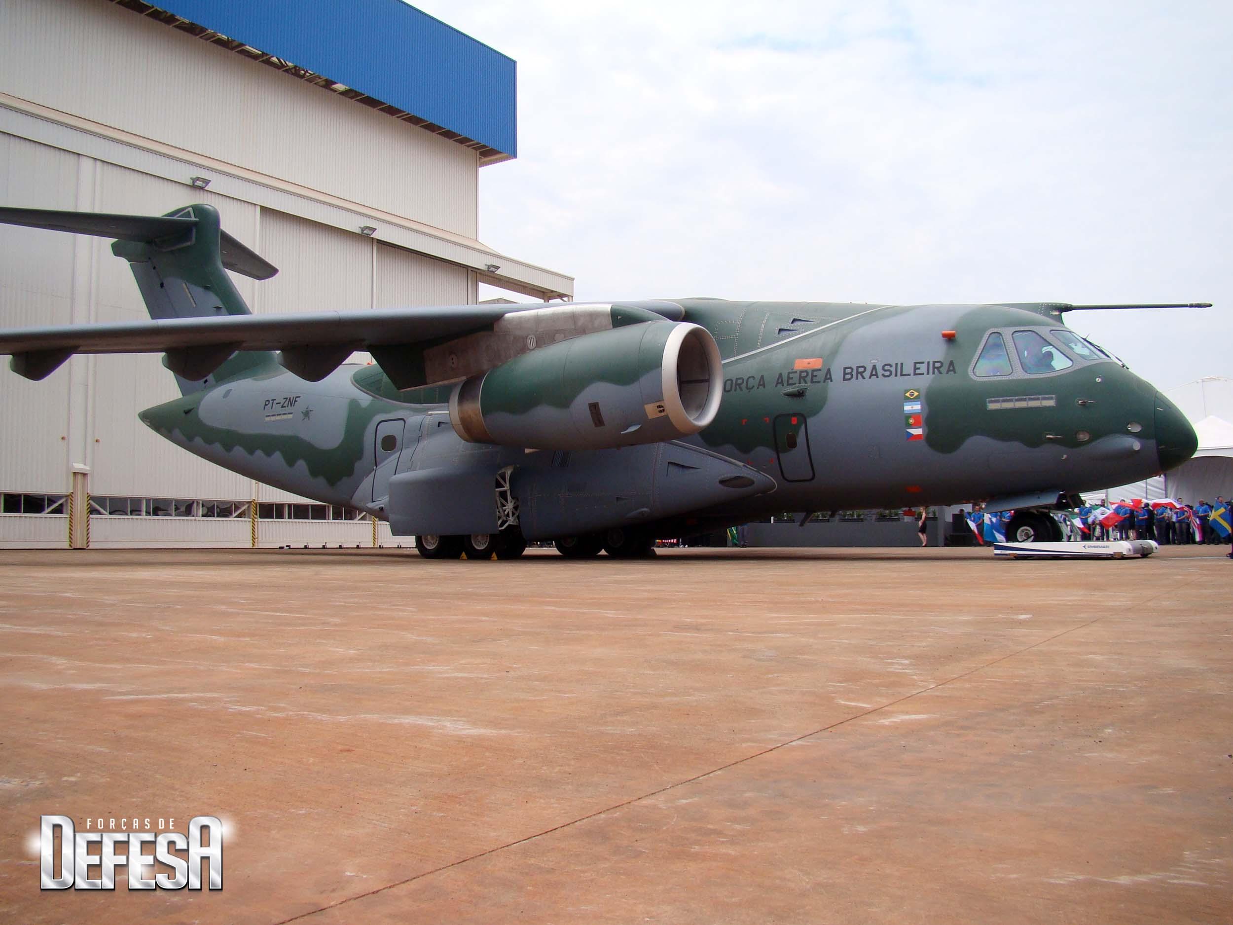 KC-390 - roll out - 21-10-2014 - foto 7 Nunão - Forças de Defesa