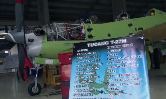 Modernização T-27 na CIAC - cena vídeo Ministério da Defesa da Colômbia