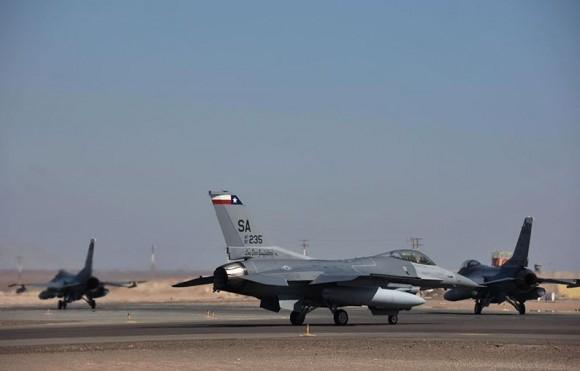 Salitre 2014 - F-16 da USAF - foto FACh