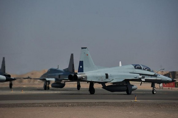 Salitre 2014 - F-5 E e F Tiger III do Chile - foto FACh