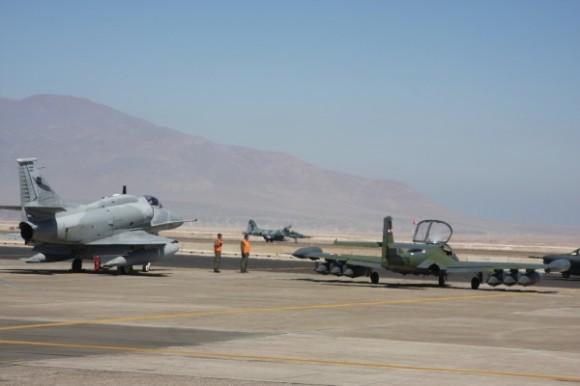 Salitre 2014 - F-5EM - A-4AR - A-37 - foto ten Humberto - Ag Força Aérea - FAB