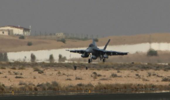 Super Hornet australiano volta de primeira missão no Oriente Médio - foto 6 MD Australia