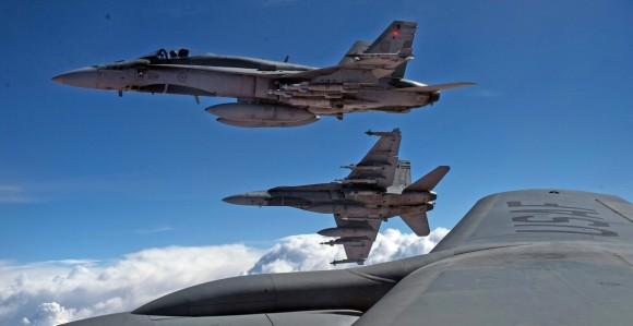 Hornet do Canadá em missão sobre o Iraque - foto 2 Força Aérea Real Canadense