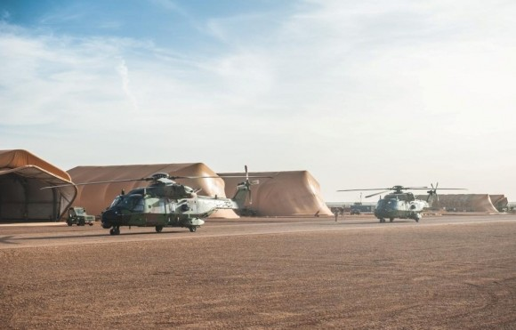 NH90 Caiman chega ao Mali - foto 2 Min Def França