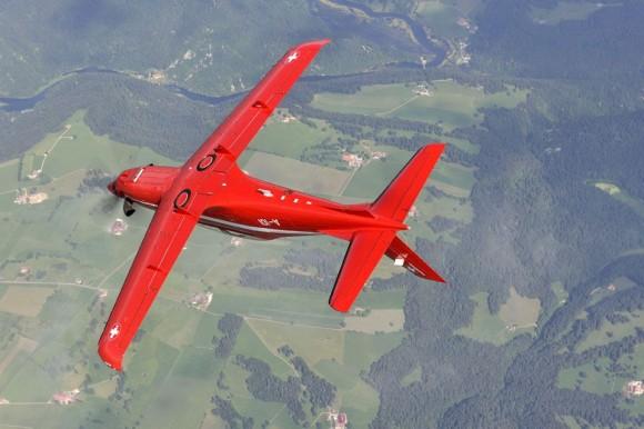 PC-21 em manobra - foto Força Aérea Suíça