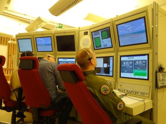 centrifuga monitoramento - foto FAB via G1