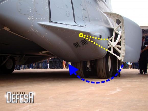 KC-390-roll-out-21-10-2014-foto-16-Nunão-Forças-de-Defesa-adaptado por Antonio Sales