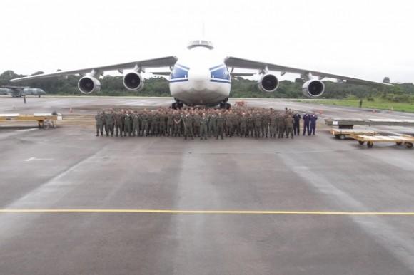 chegada últimos Mi-35 encomendados em Antonov 124 - foto FAB