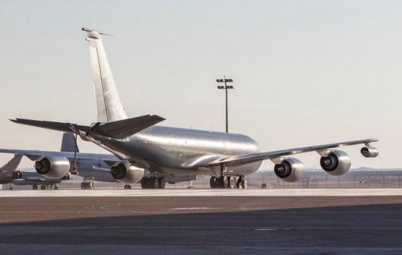 C-135FR apoia substituição de caças Rafale na Operação Chammal - foto via Força Aérea Francesa