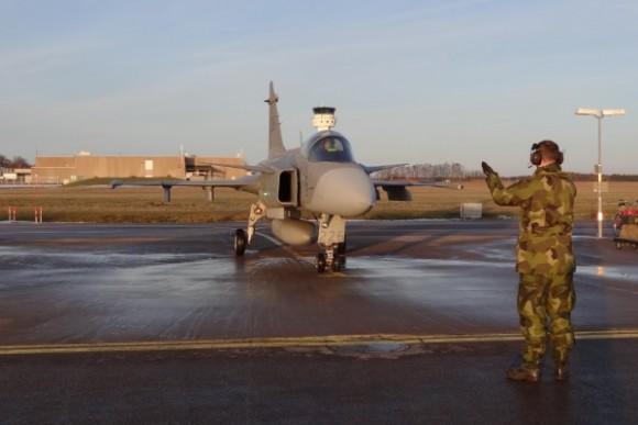 Capitão Fórneas da FAB em Gripen C - foto 3 via Agencia Forca Aerea - FAB