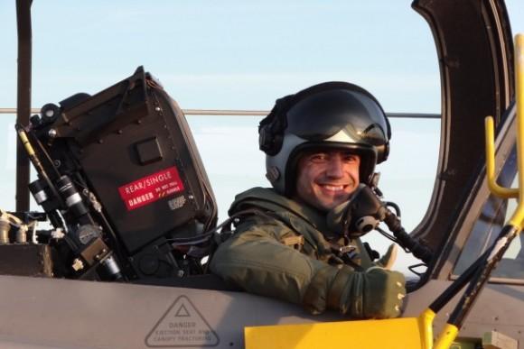 Capitão Fórneas da FAB em Gripen C - foto 5 via Agencia Forca Aerea - FAB