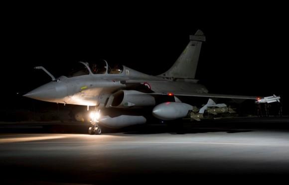Rafale com bombas guiadas empregado na Operação Chammal contra o EI - foto 2 Min Def França