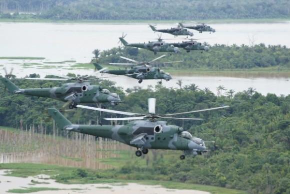 AH-2 Sabre foto FAB 1