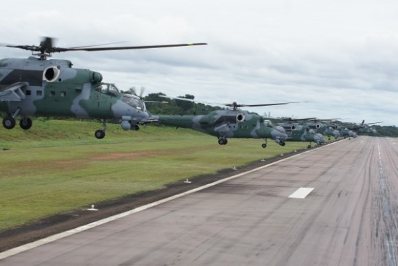 AH-2 Sabre foto FAB 2