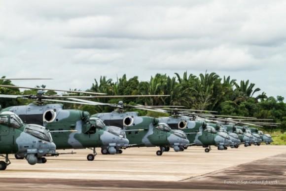AH-2 Sabre foto FAB 3