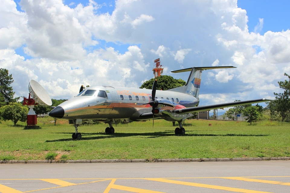MAB - 2 - Protótipo do EMB-120 Brasília